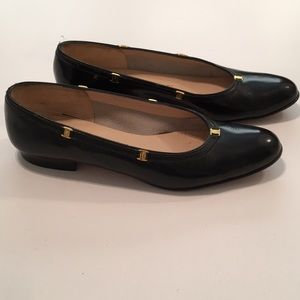 Salvatore Ferragamo Florence Black Patent leather